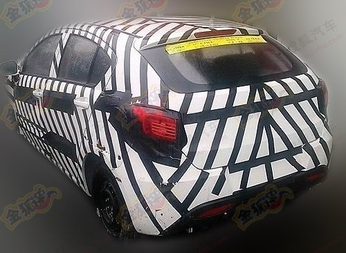 Spy Shots: facelifted Brilliance V5 SUV is Naked in China