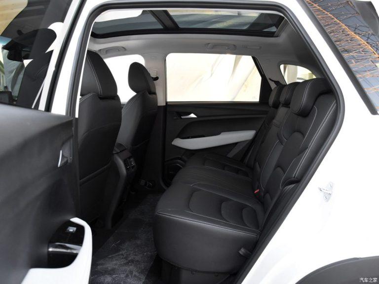 2018 - [Baojun/Wuling/Chevrolet/MG] 530/Almaz/Captiva/Hector Baojun-530-8-768x576
